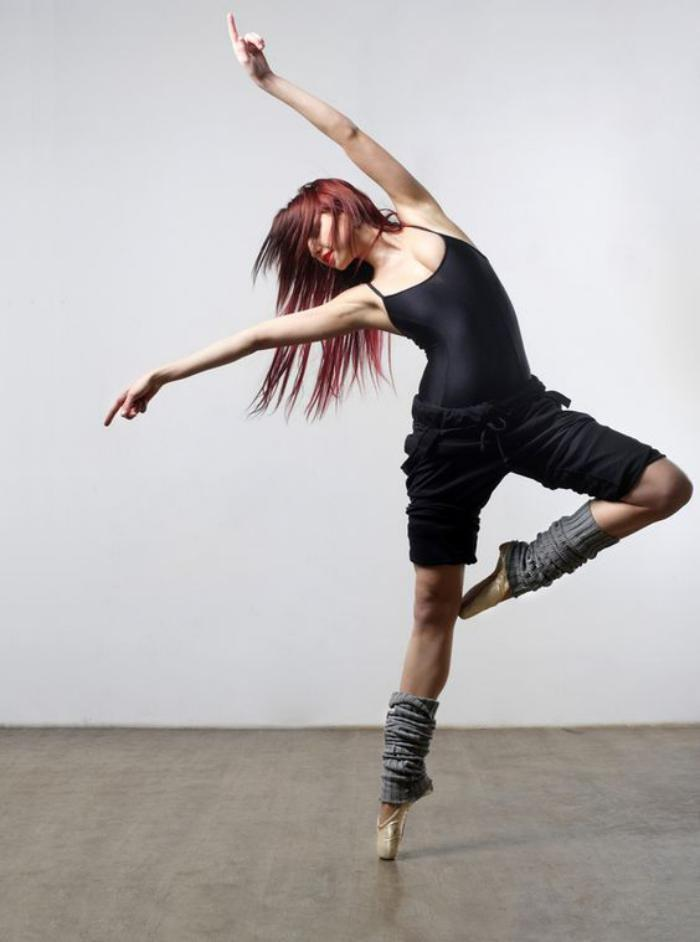 danse-contemporaine-tenue-moderne-pour-entrainement
