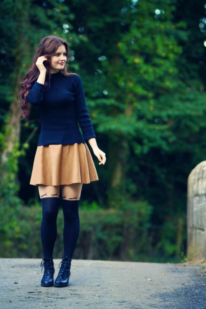 decouvrir-la-jupe-bordeaux-jupe-en-daim-jupe-style-patineuse-moderne-quotidien-femme-en-noir
