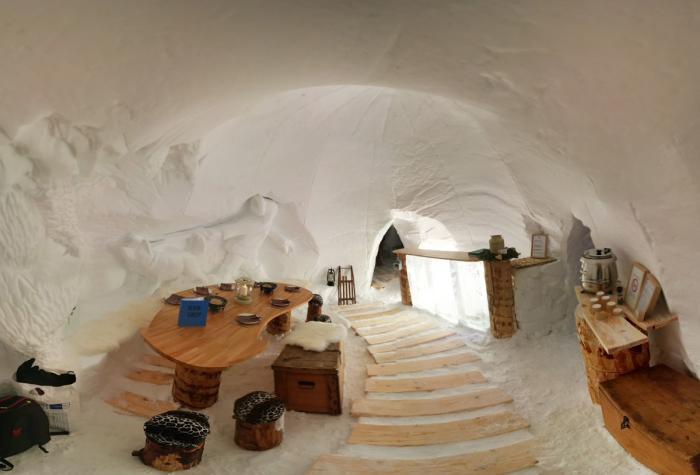 dormir-en-igloo-agencement-d'igloo-de-neige