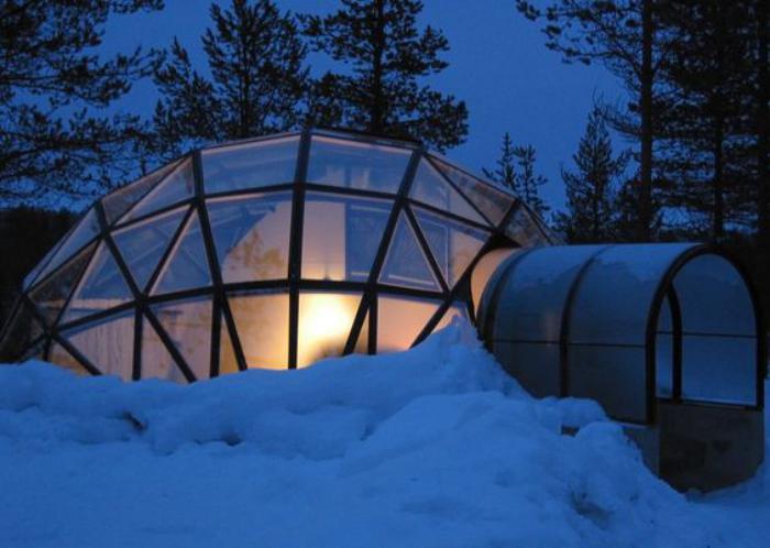 dormir-en-igloo-de-verre-dans-la-montagne
