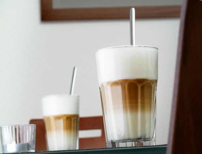 faire-un-cappuccino-cool-idée-café-chouette-boisson-chaude-beauté