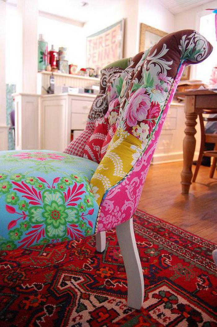 fauteuil-patchwork-joli-fauteuil-habillé-en-prints-floraux