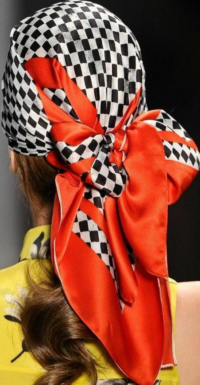 foulard-longchamp-tete-chic-resized