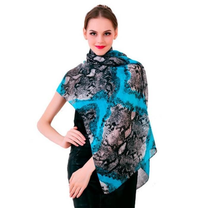 foulards-en-soie-azur-resized