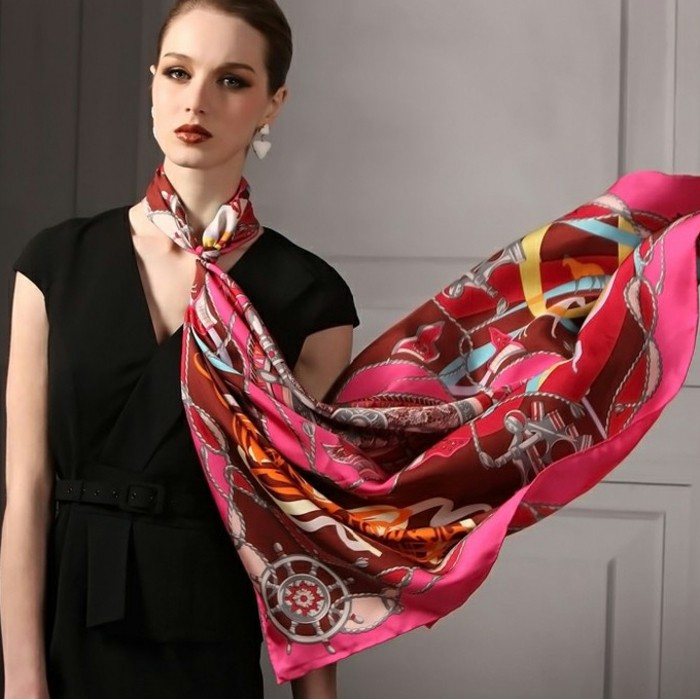 foulards-en-soie-couleur-rose-resized
