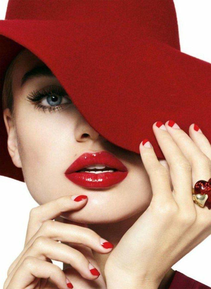 grand-chapeau-femme-les-accessoires-à-porter-cool-idée-beauté