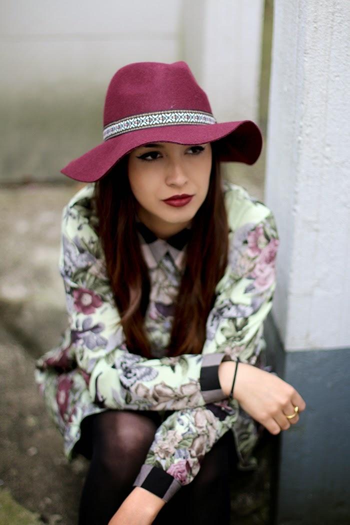 grand-chapeau-femme-les-accessoires-à-porter-cool-idée-velvet