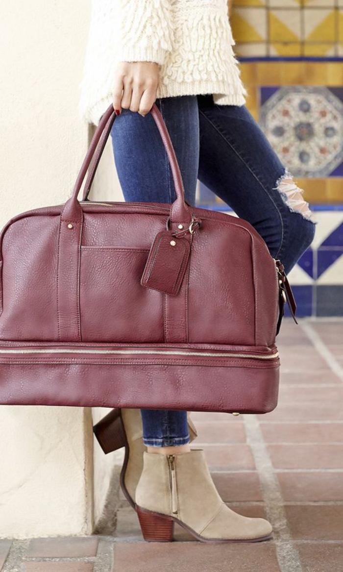 9ef07580b2 Le grand sac à main – l'accessoire préféré de la femme moderne ...