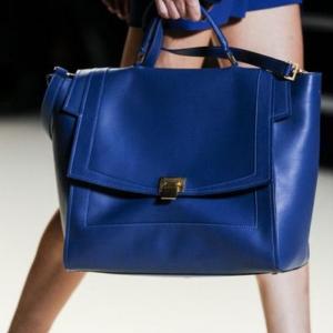 Le grand sac à main - l'accessoire préféré de la femme moderne