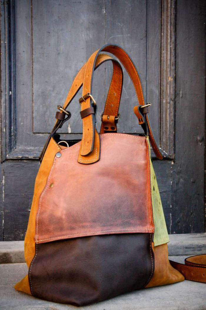 grand-sac-à-main-sac-en-belles-couleurs-cuir