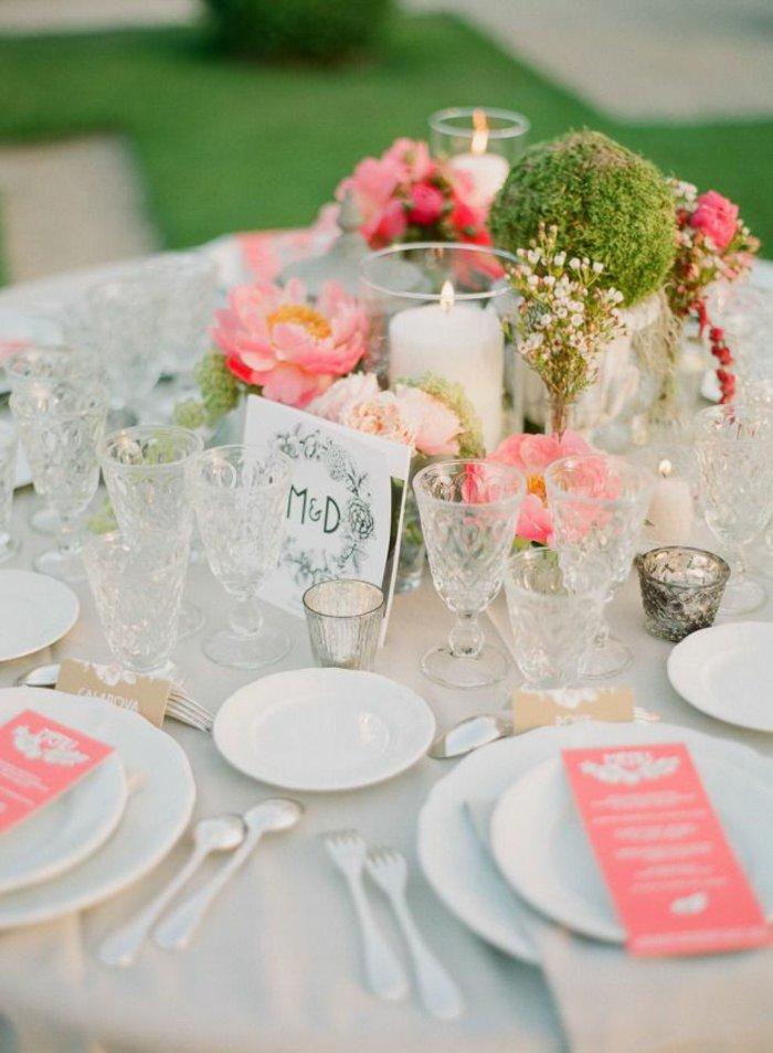 idée-déco-de-table-mariage-idées-déco-mariage-à-faire-soi-meme-fleurs-cristaux-verre