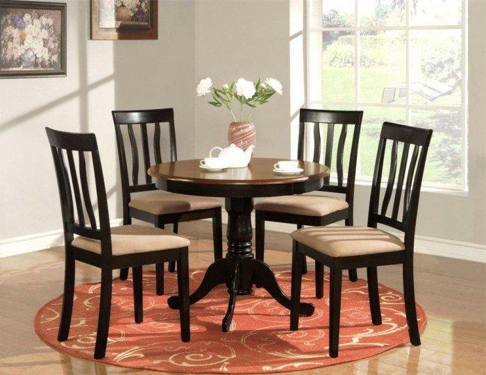 idée-table-à-manger-design-salle-à-manger-bien-décorée-ambiance-classique-table-ronde