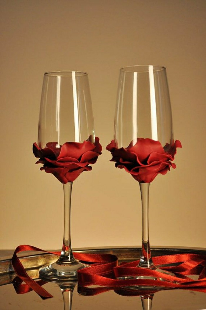 inspiration-belle-flute-a-champagne-verre-à-champagne-roses-rouges