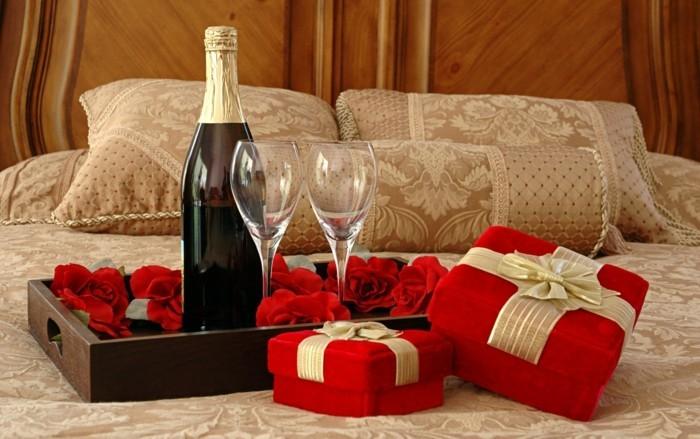 intéressante-photo-romantique-chambre-lit-champagne-roses