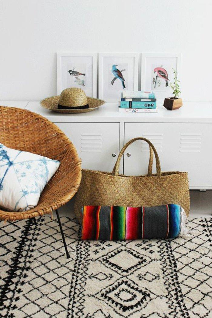 intérieur-design-fauteuil-rotin-vintage-cool-idée-aménagement-salon-été