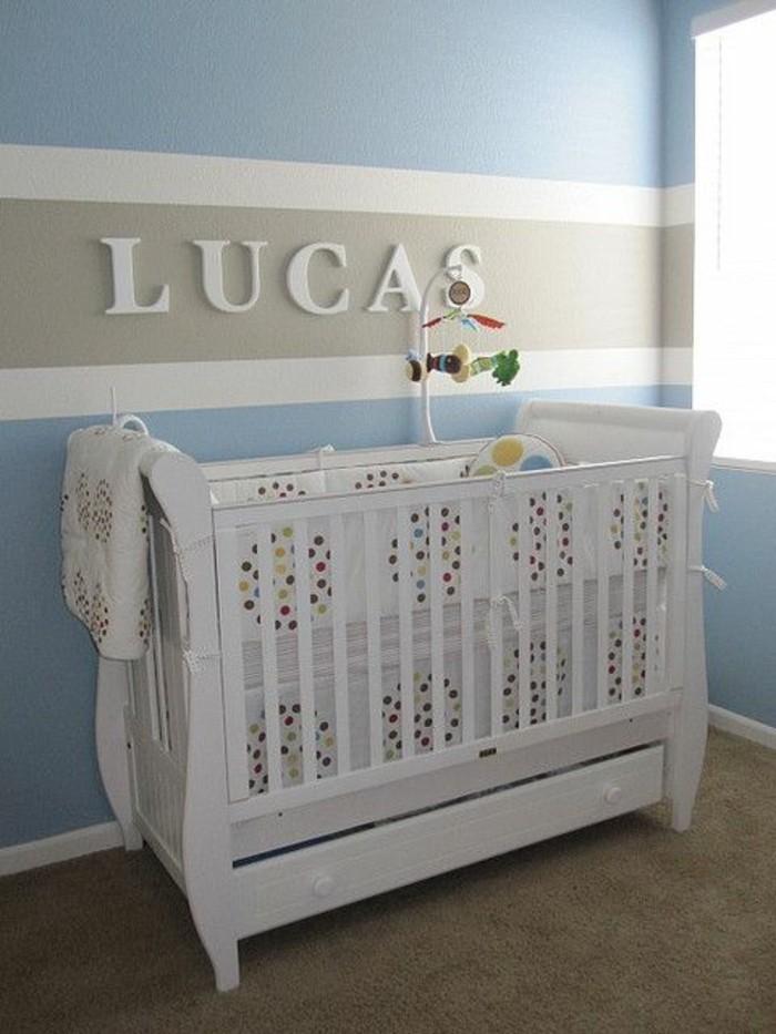 jolie-chambre-enfant-bebe-mur-decoration-murale-berceau-bebe-pas-cher-mur-double-couleur