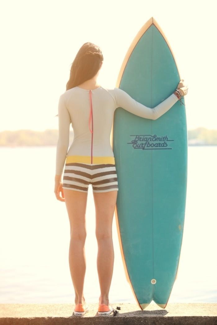 la-combinaison-intégrale-combinaison-de-surf-femme-vue-magnifique-idée-combinaison-néoprène-combinaison-voile-cagoule-surf