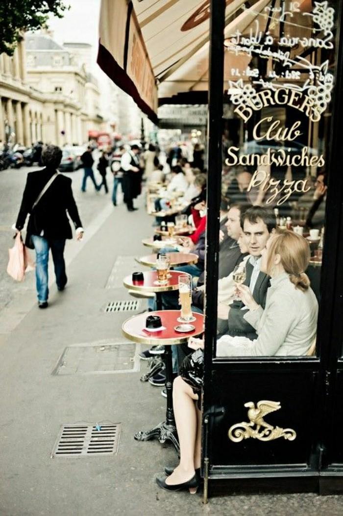 le-charme-des-petits-restaurants-parisiens-tables-d-exterieur-terrasse-parisien-cafe