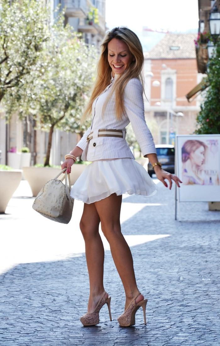 les-jupes-patineuses-pour-qui-asos-jupe-patineuse-hiver-comment-porter-tout-en-blanc