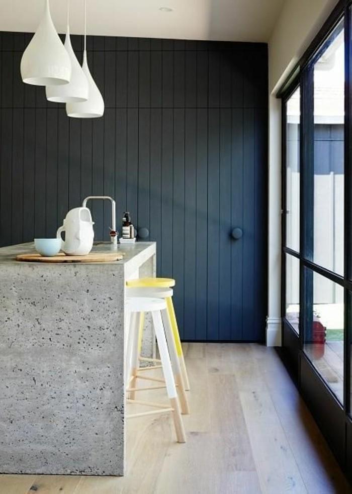 lustres-de-cuisine-bar-de-cuisine-sol-en-parquet-clair-meubles-de-cuisine-chic