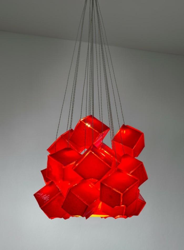 lustres-maisons-du-monde-cubes-rouges