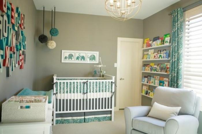 magnifique-chambre-bebe-tour-de-lit-bébé-mur-vert-chambre-bebe-meubles-d-interieur