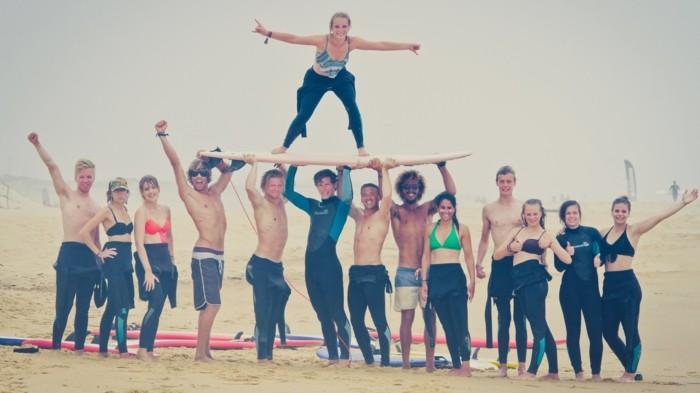 magnifique-combinaison-billabong-combinaison-ion-sport-tenue-surf-cool-combinaison-néoprène-combinaison-voile-cagoule-surf