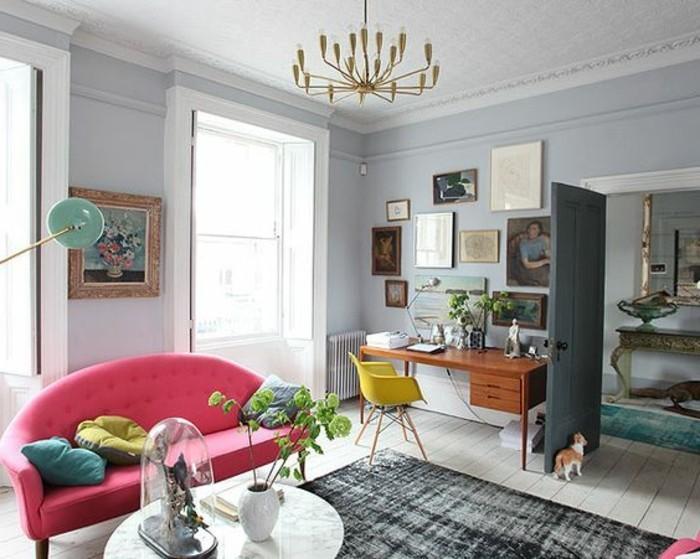 magnifique-combinaison-entre-les-couleurs-dans-le-salon-murs-gris-lustre-doré