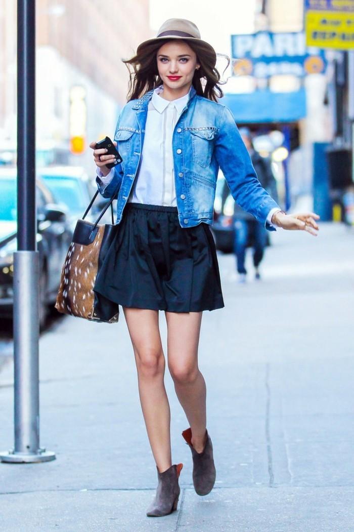 magnifique-idée-tenue-ootd-jupe-blanche-jupe-fourreau-minijupe-miranda-kerr
