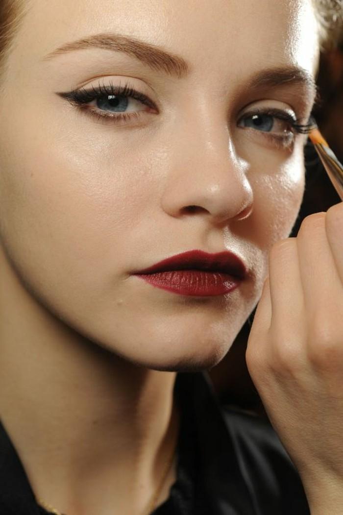 magnifique-maquillage-levres-rouges-foncées-nos-idees-maquillage-pour-vos-levres-avec-maquillage-dior