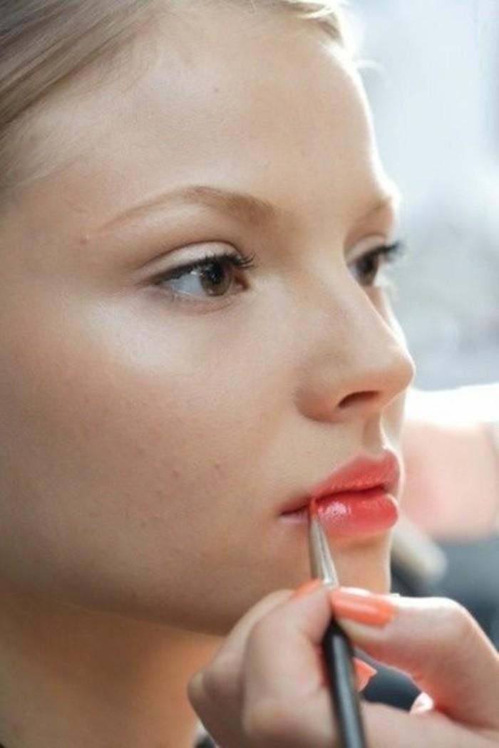 maquillage-pour-agrandir-les-yeux-apprendre-a-se-maquiller-facilement-idees-en-photos