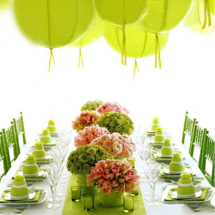 mariage-interessante-déco-table-vert-verre-a-champagne-verre-tulipe-idée-deco-merveilleuse