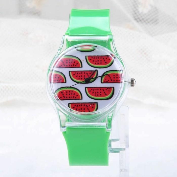 montre-originale-femme-pasteque-vert-rouge-resized