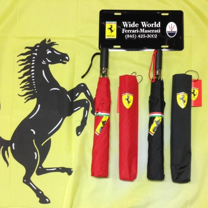 parapluie-original-Ferrari-rouge-resized