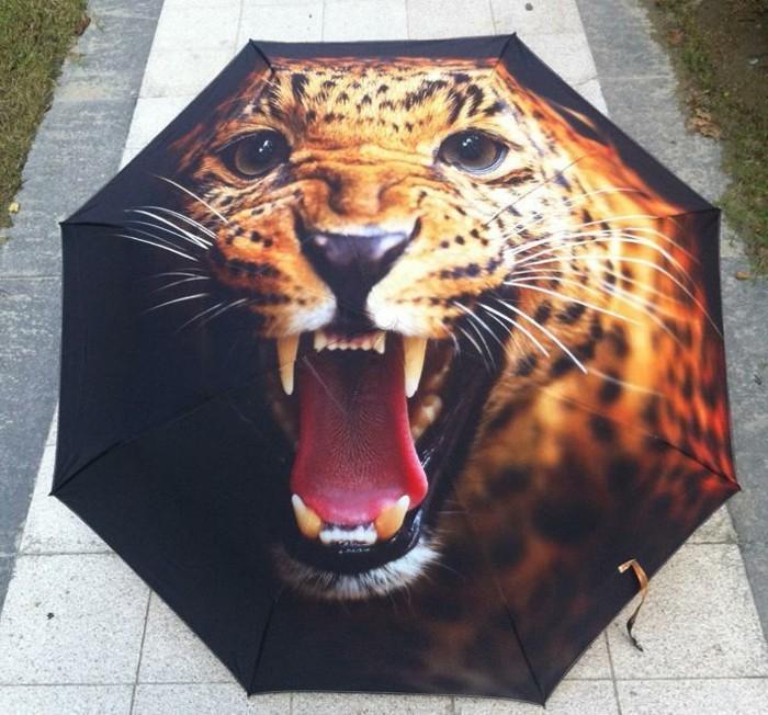 parapluie-pliant-tigre-grandes-dents-resized