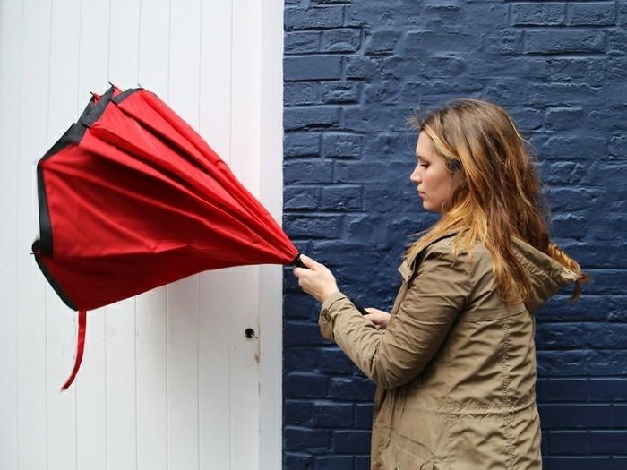 parapluie-pliant-des-deux-cotes-rouge-resized