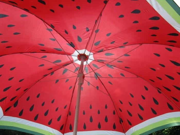 parapluie-pliant-rouge-et-vert-resized