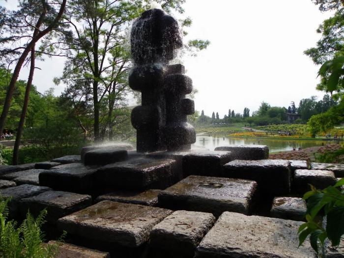 parc-floral-de-vincennes-fontaine-monument-au-parc-floral-de-Paris