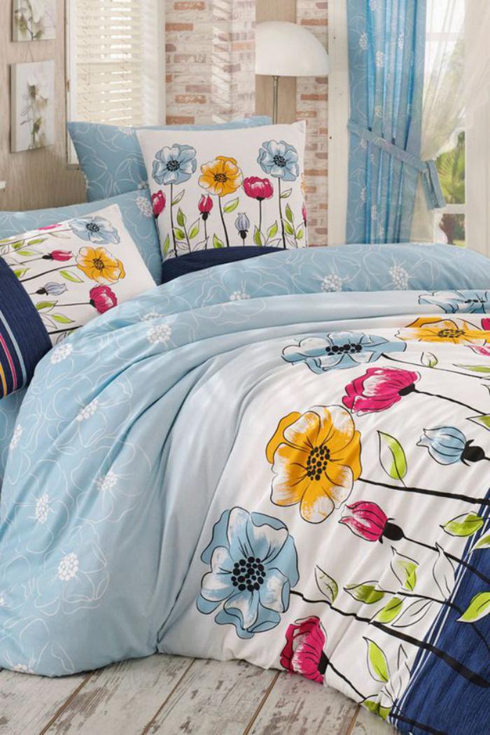 parures-de-lit-déco-fleurs-jolis-imprimés-floraux