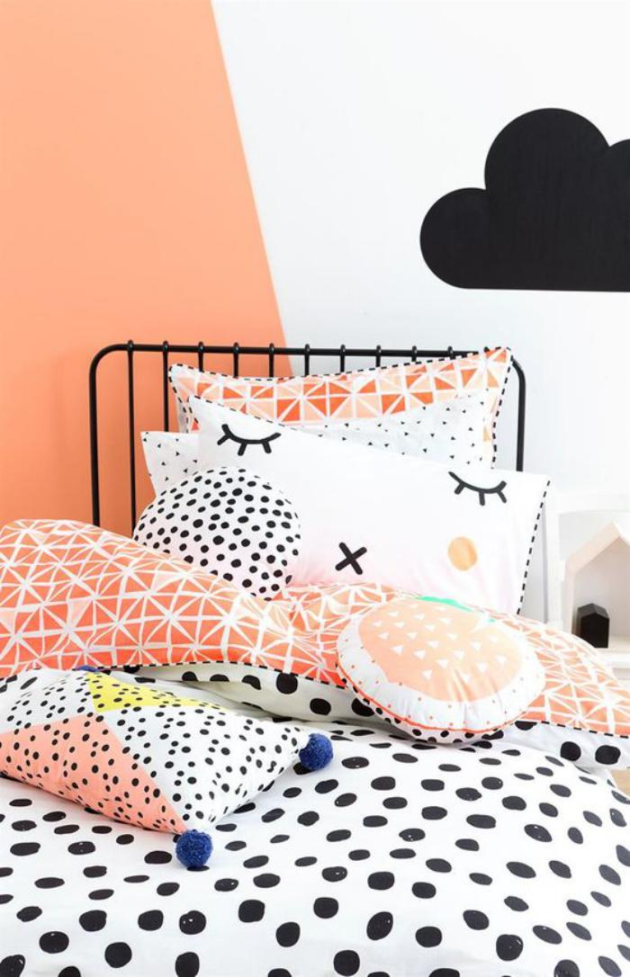 parures-de-lit-linge-de-lit-intéressant-en-blanc-et-orange