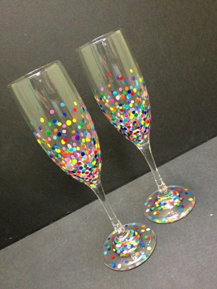 personnalisé-flutes-à-champagne-à-faire-à-soi-même-idée-votre-diy-konfeti-idées