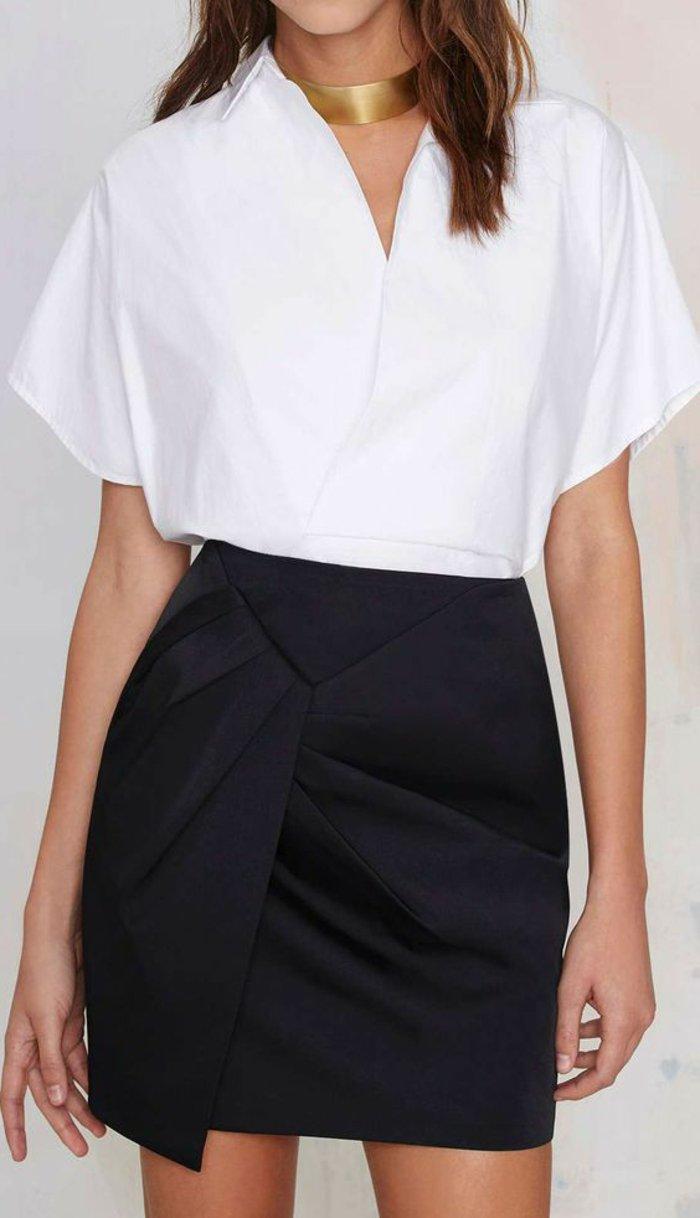 porter-belles-vetements-chemisier-femme--chemise-en-blanche-pour-femme-jupe-noire