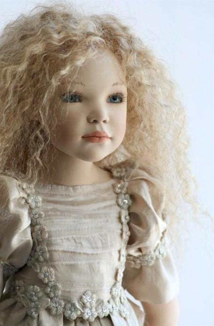 poupée-réaliste-fantastique-créatioons-artistiques