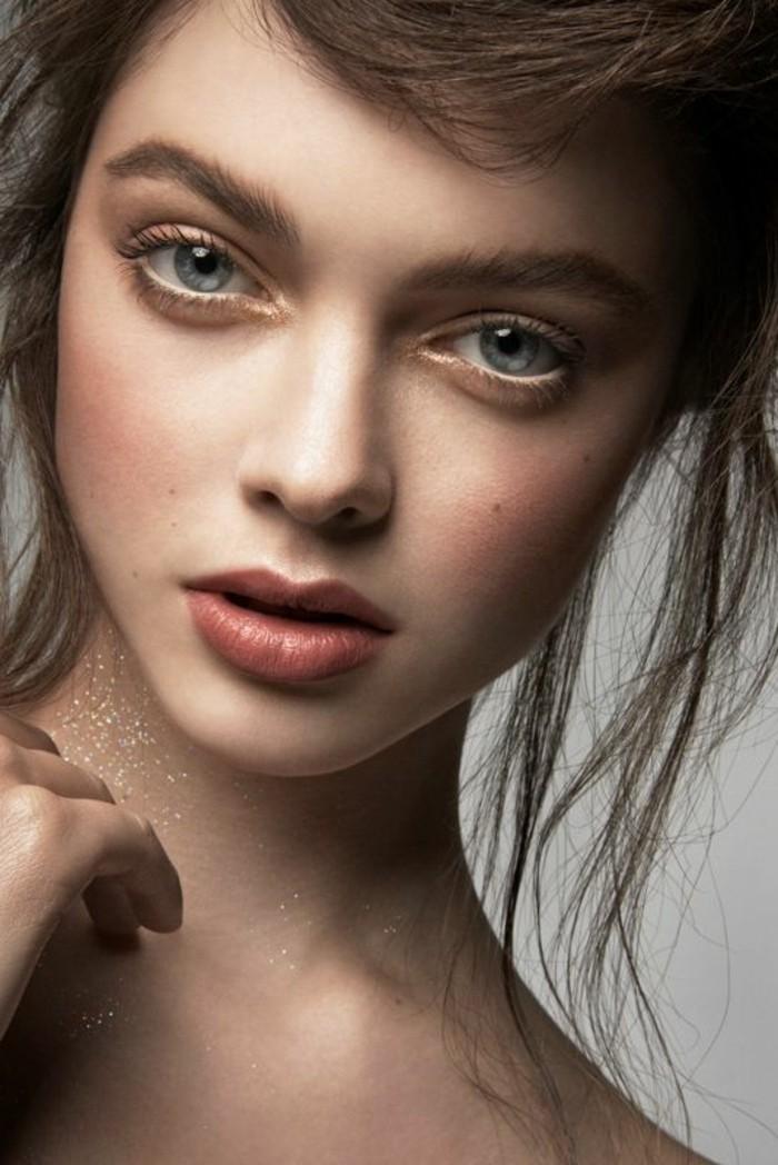 quel-maquillage-pour-agrandir-les-yeux-comment-se-maquiller-facilement