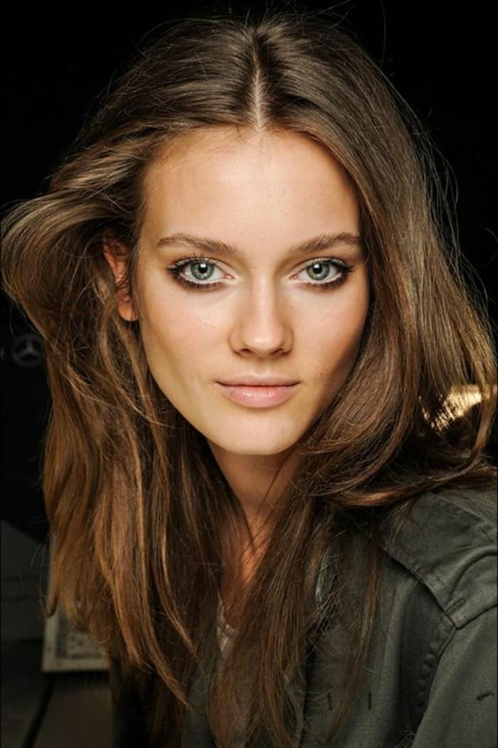 quel-maquillage-pour-agrandir-les-yeux-gris-cheveux-marrons-maquillage