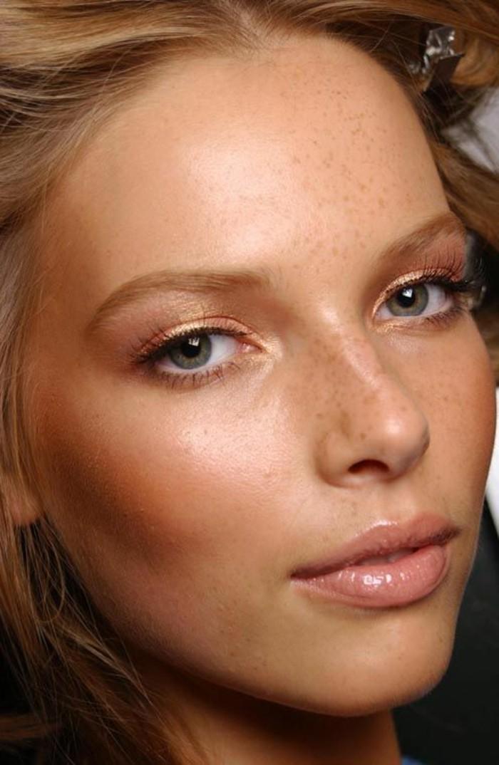 quel-maquillage-pour-agrandir-les-yeux-nos-idees-en-photos-maquillage-modele