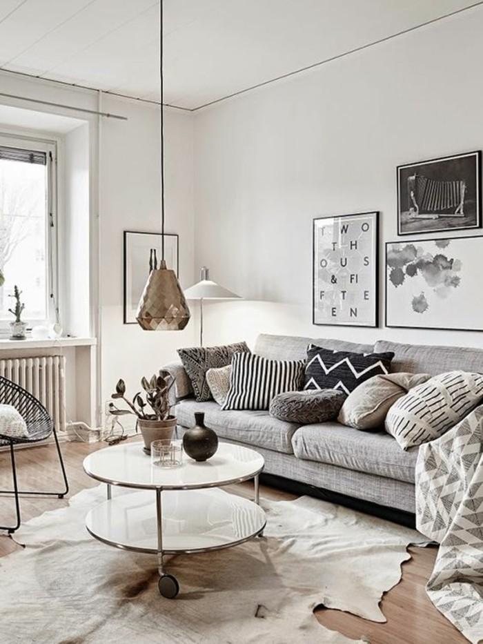 quelle-couleur-pour-un-salon-tapis-en-peau-d-animal-meubles-de-salon-chic-table-ronde-de-salon