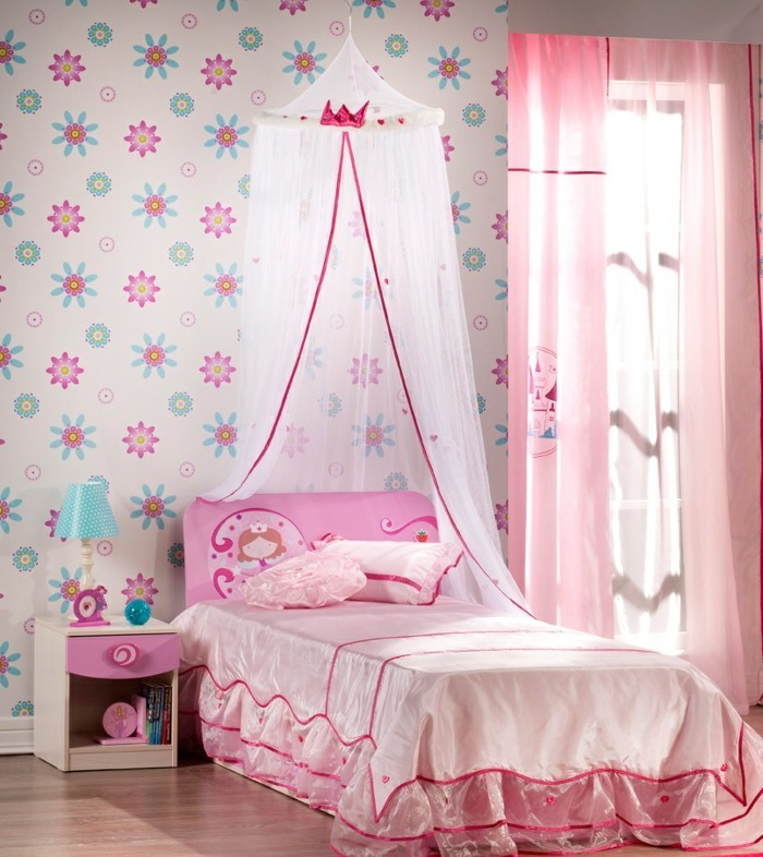 Rideaux princesse elegant update your little girlus room for Store chambre fille