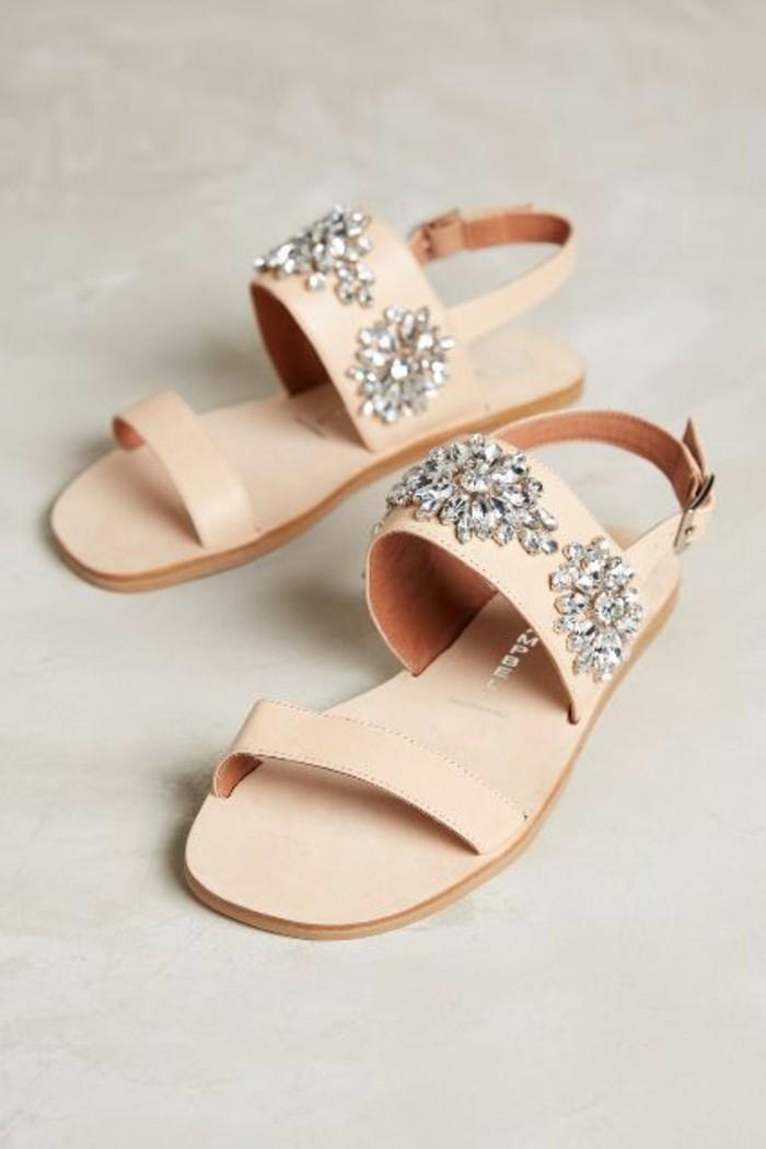 sandales-beiges-femme-design-2016-sandales-pas-cher-femme-de-couleur-beige