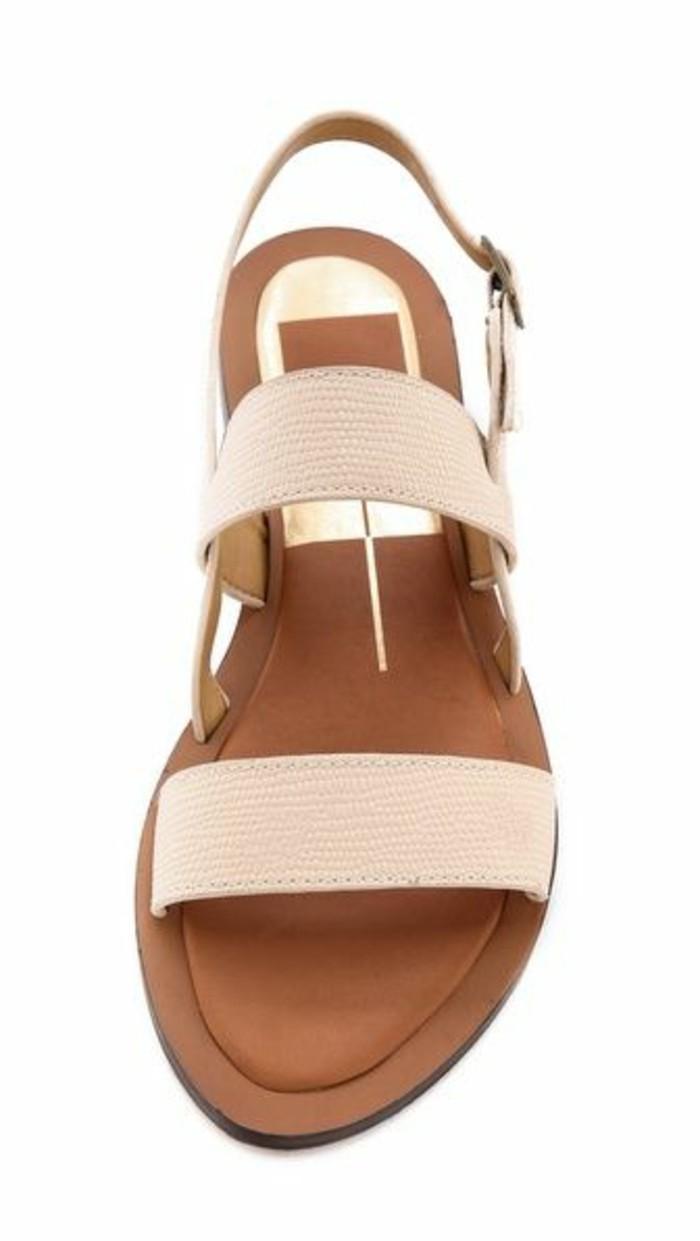 sandales-beiges-femme-en-cuir-les-dernieres-tendances-mode-2016